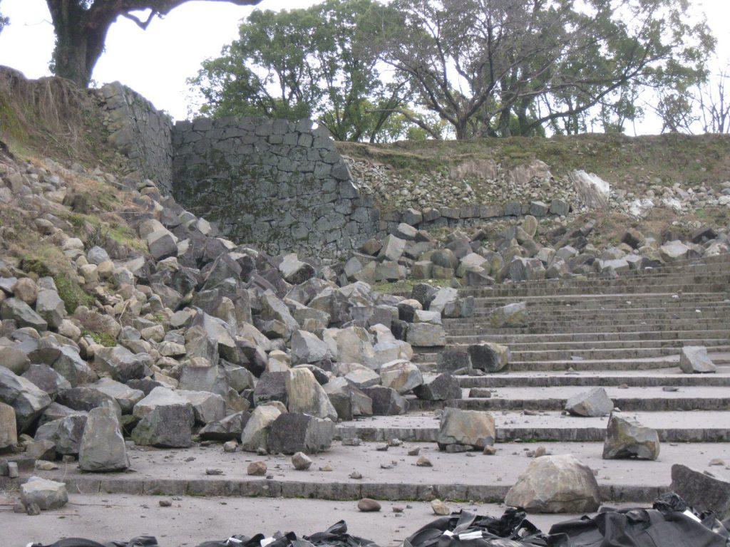熊本城の石垣は地震で3割に被害がでました